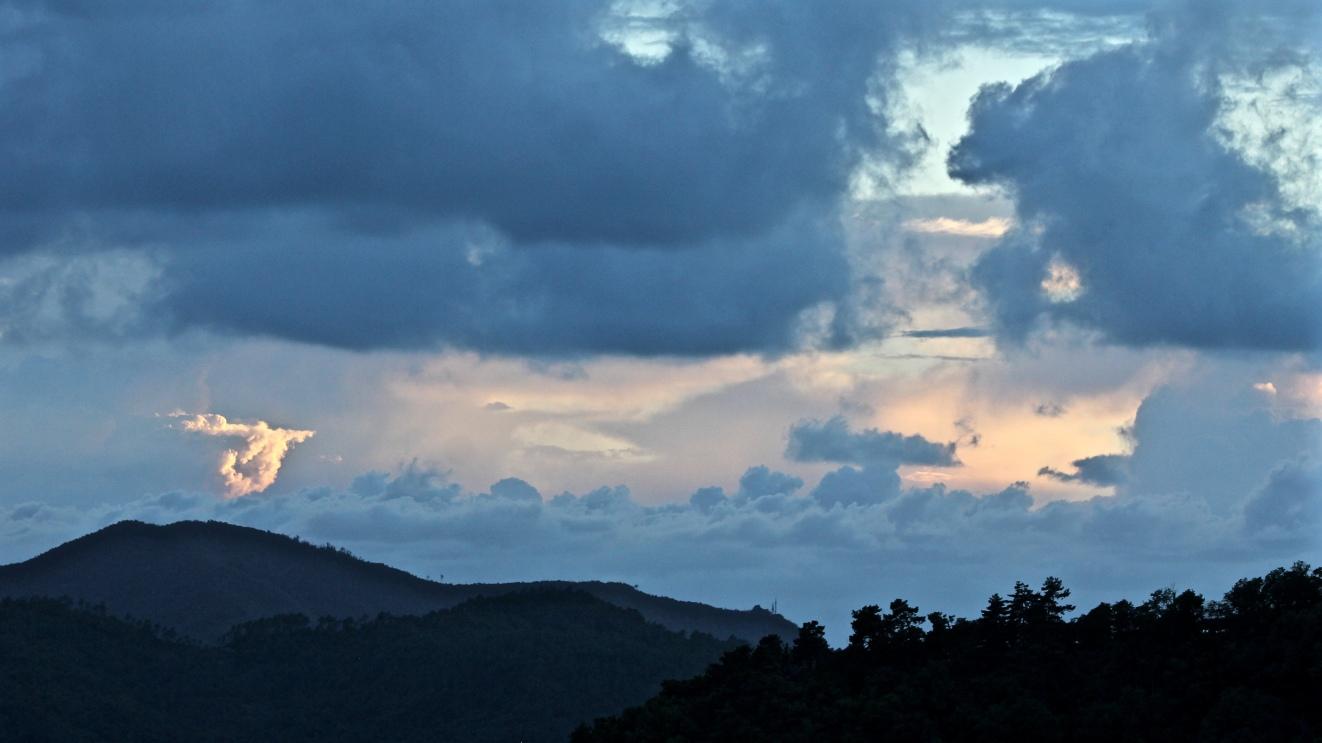 Velva Sunset